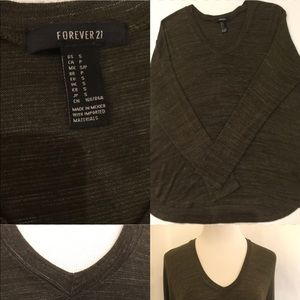 Forever21 green sweater size S used one time